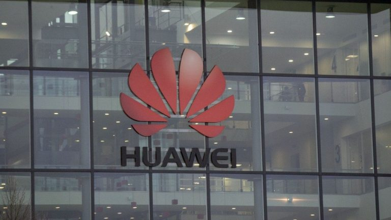 Huawei telecoms ban set to come into force