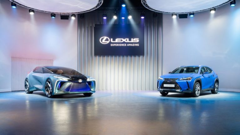 Lexus introduces battery-electric vehicle, UX300e