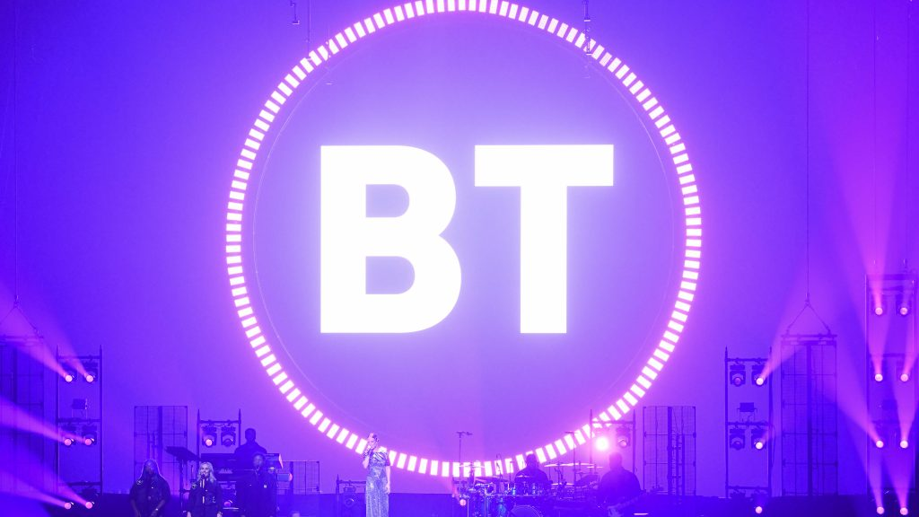 BT to extend full-fibre broadband to 25m premises by 2026