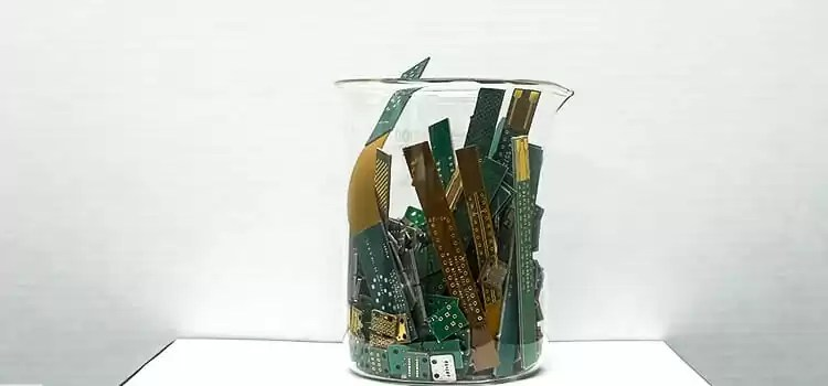 How Much Gold is in a Motherboard 2