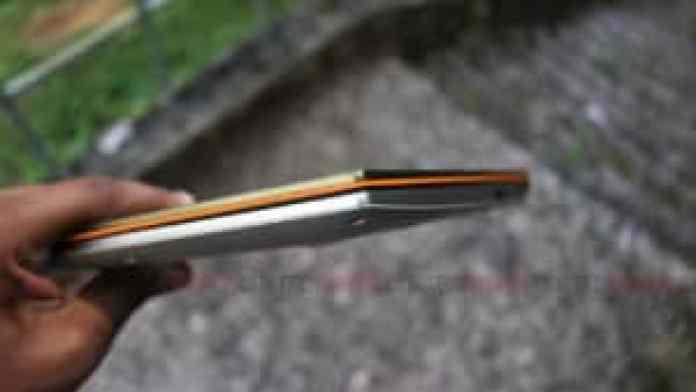 ASUS VivoBook S431F 3