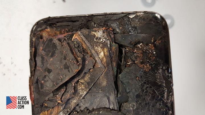 Samsung Galaxy S7 Edge explodes