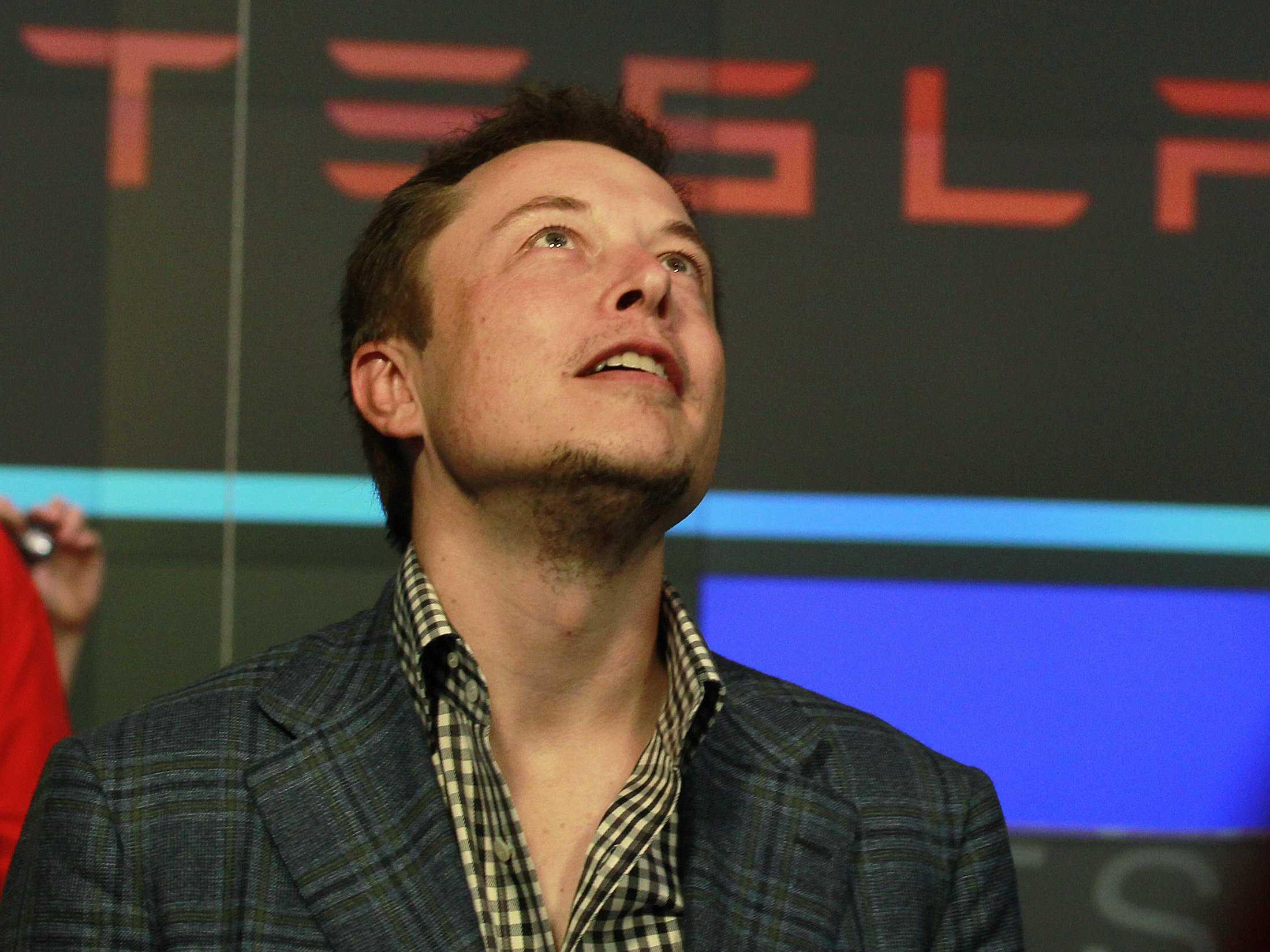 Elon Musk: 1 tweet e 500 milhões de euros desaparecem da Samsung