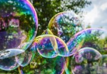 What exactly happens when you blow on a soap film to make a bubble? Behind this simple question about a favorite childhood activity is some real science, researchers at the Courant Institute have found.