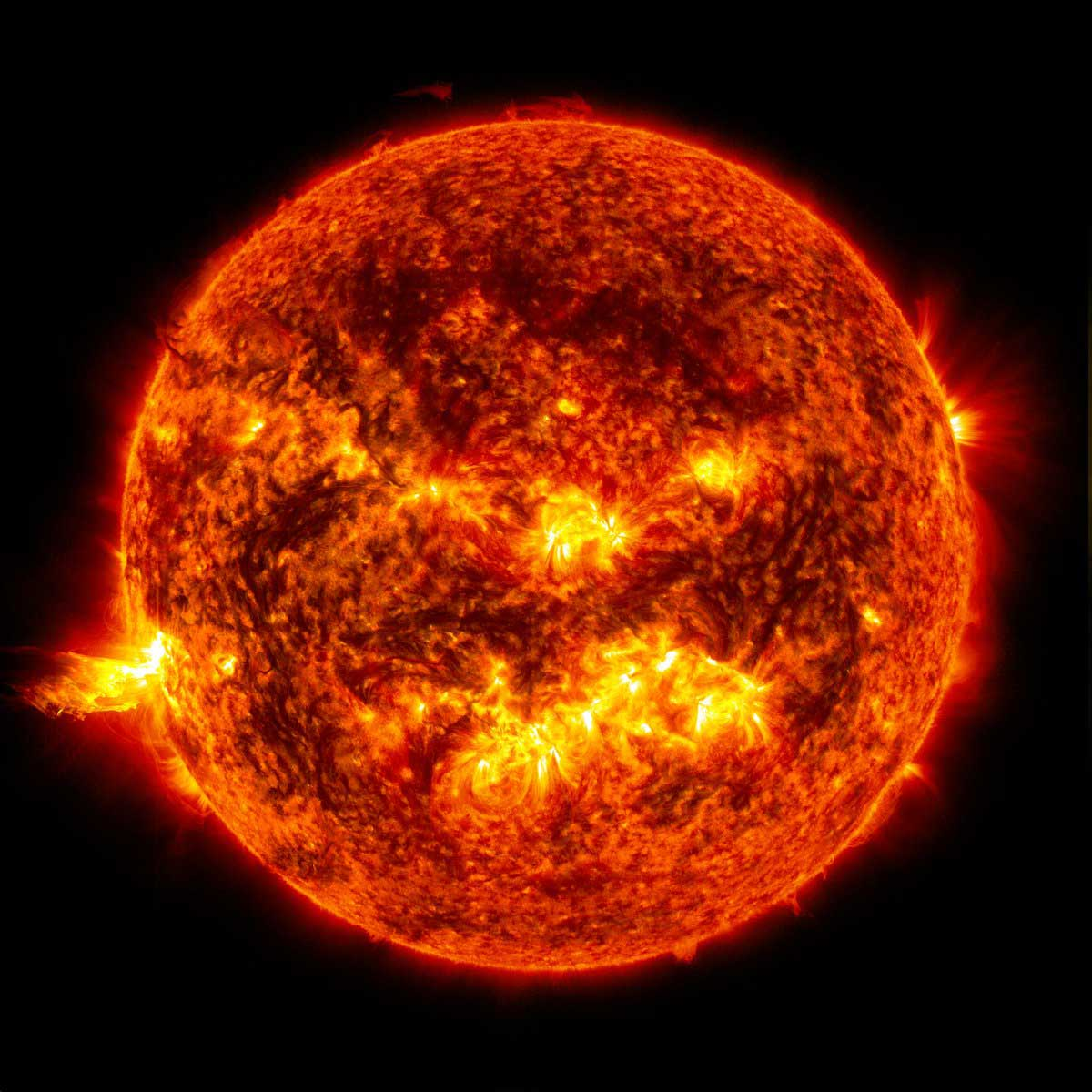 Earth is a less volatile version of the Sun, study