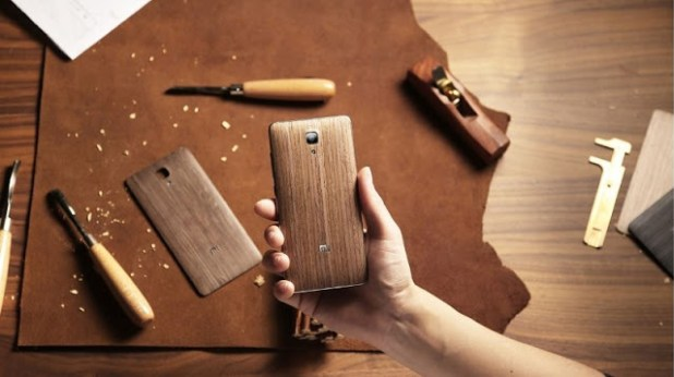 Woodback-edition-Xiaomi-Mi4-image