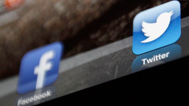 facebook_twitter_reuters_640