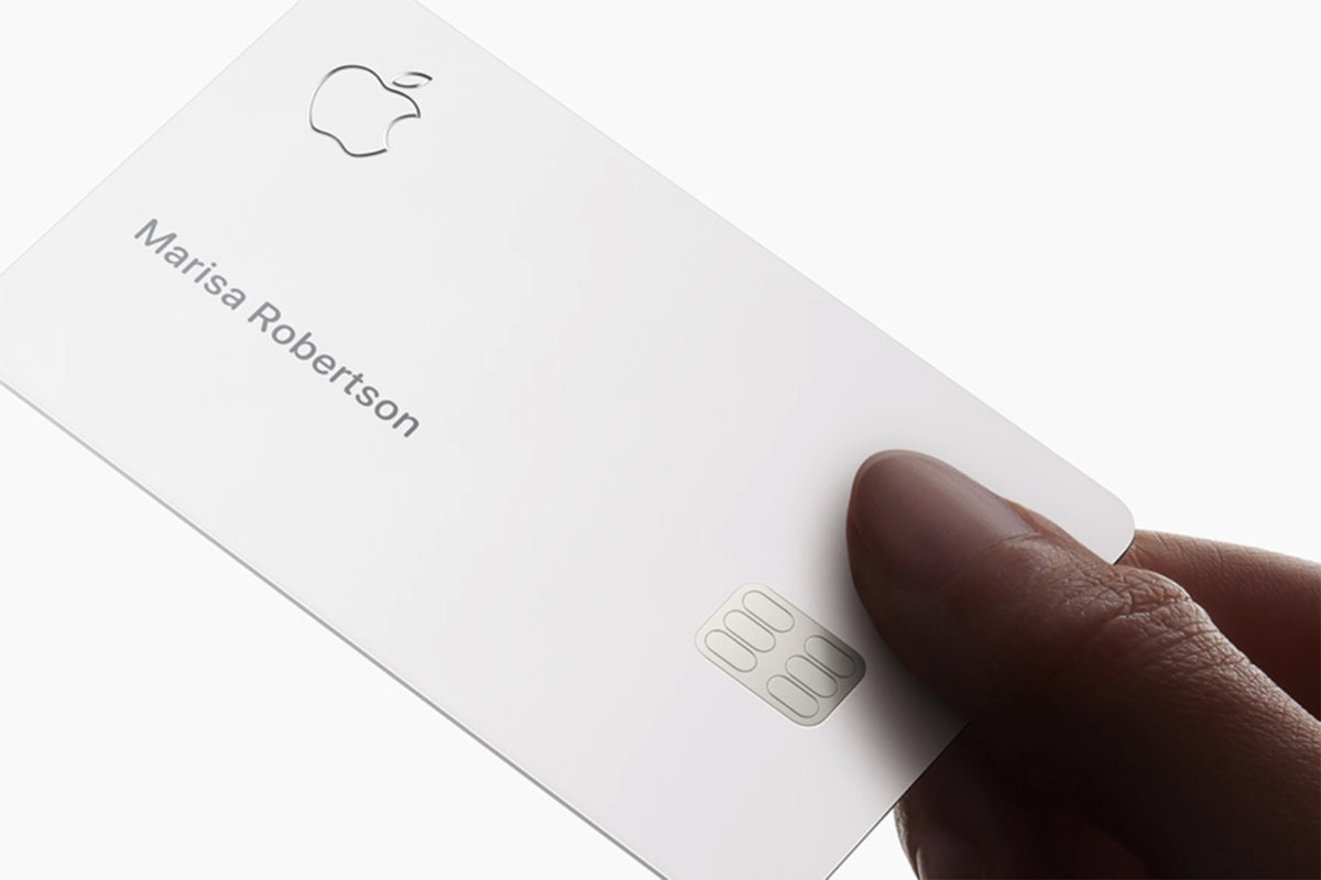 Apple card, a first look