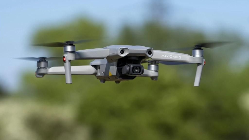 DJI Mavic Air 2 - Cea mai bună dronă pentru majoritatea oamenilor