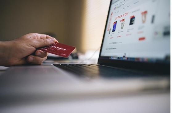 Investing in E-Commerce