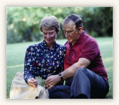 Elder Richard G. and Sister Jeanene Scott