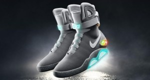 Nike Back to the future self lacing shoe