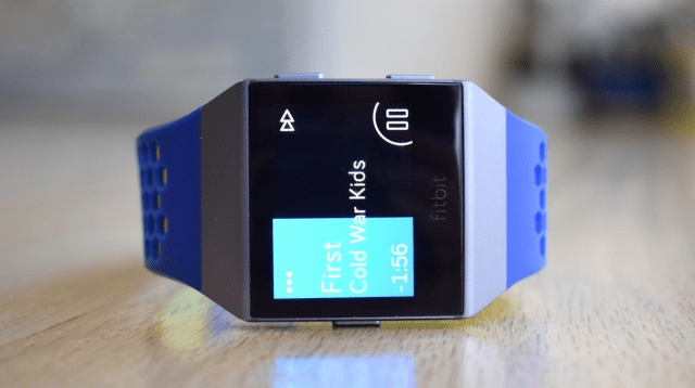 Fitbit Versa vs Apple Watch Fitbit Music