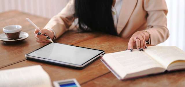 Best Gadgets for Essay Writers