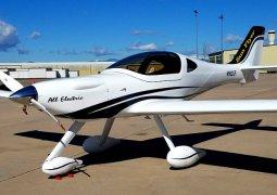 Elektrikli uçak testi başarılı oldu