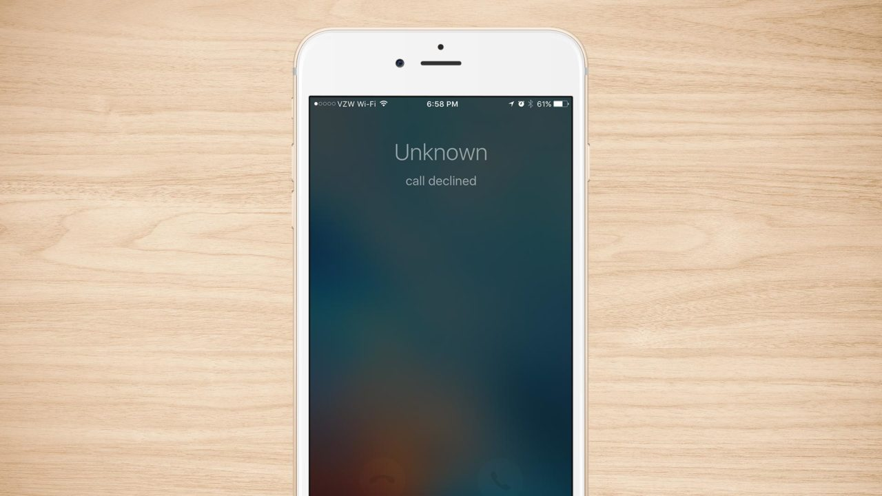 How to Decline a Call From the iPhone Lock Screen