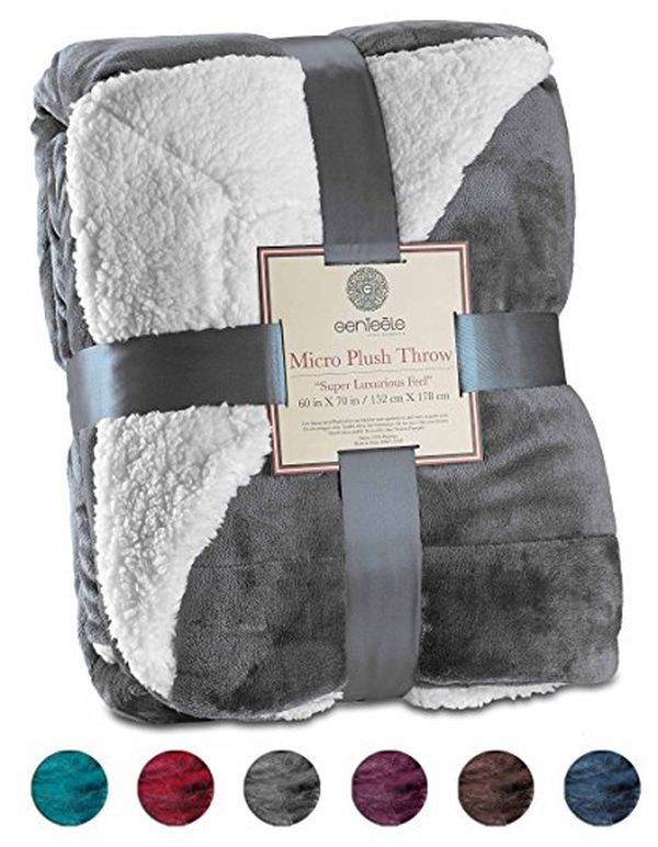 Super Soft Luxurious Sherpa Throw Blanket