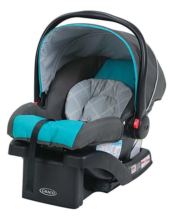 Graco Ultra-Lightweight Infant Car Seat