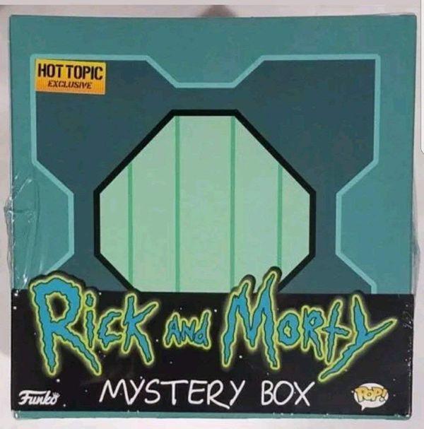 Rick and Morty box set merch 5