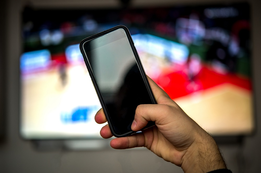 How To Mirror the iPhone with the Amazon Fire TV Stick