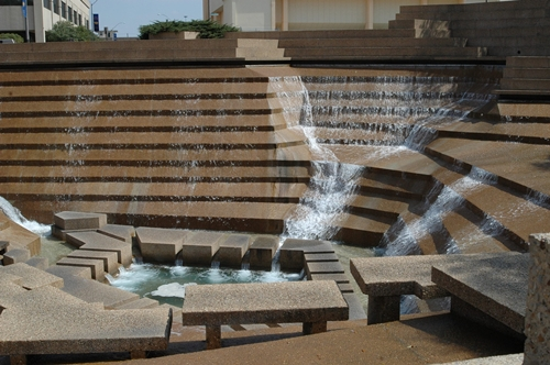 Headings of Fort Worth Water Gardens