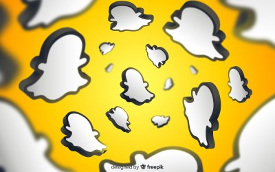 how to automatically save conversations on snapchat