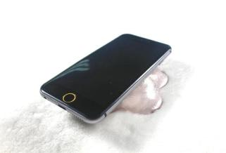 Rumored iPhone 6 front view (Dummy Model)