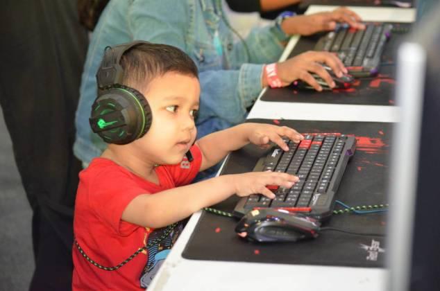 AMD GAMEON 2018: The Dark Horse Of Comic Con Hyderabad 11