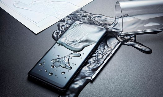 Samsung Galaxy Note 8 water spill