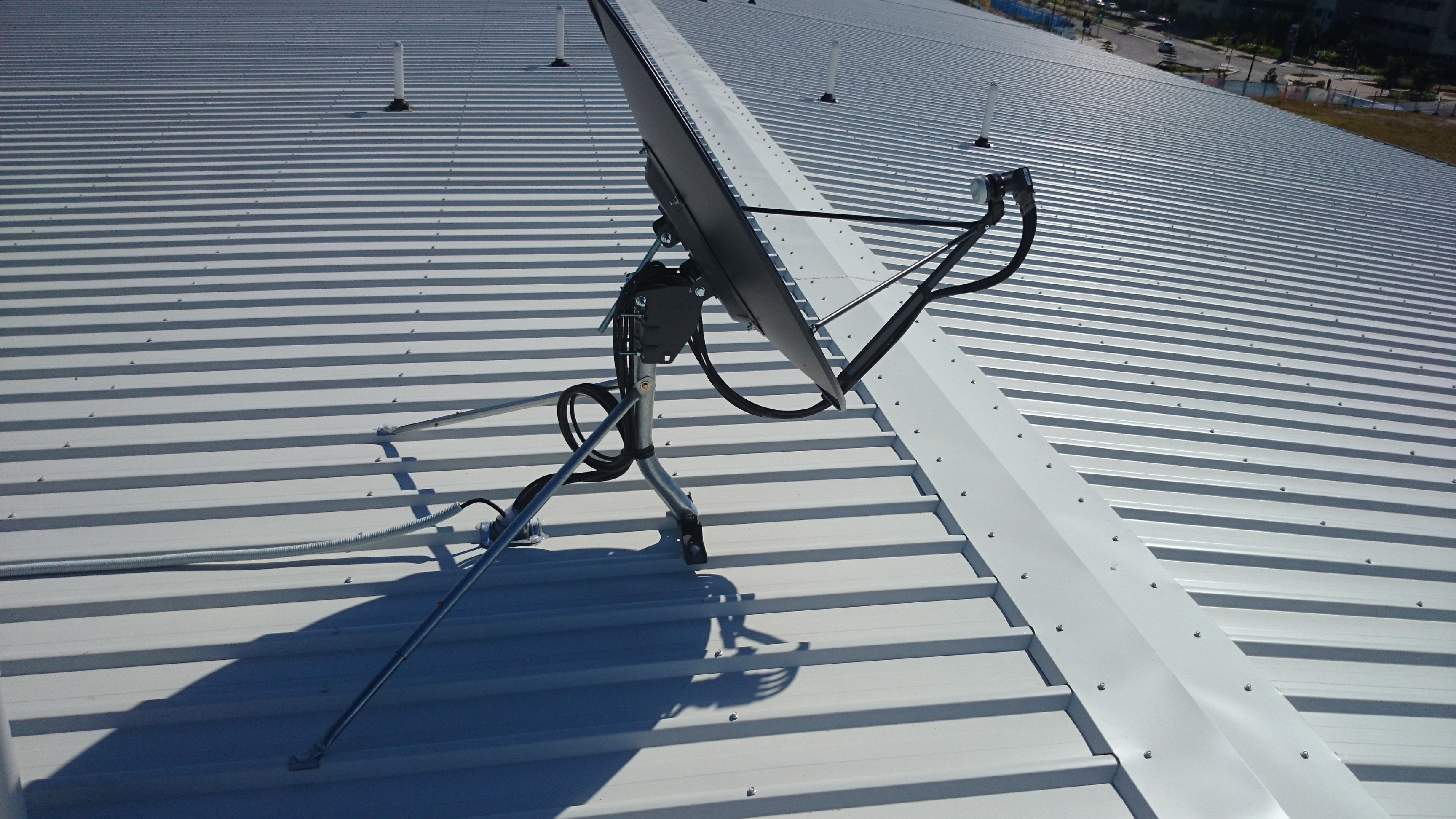 foxtel satellite dish wiring diagram 5 wire motorcycle trailer install a and national weather temperature map tv technical whizz internet via the shop broadband installation