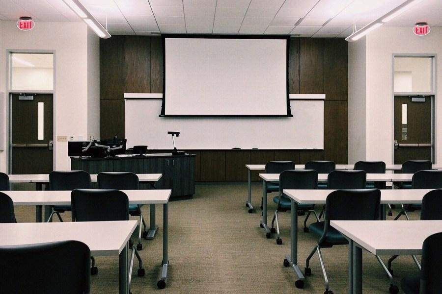 Multimedia Presentations for Classroom
