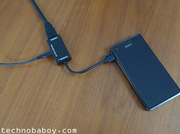EAccess MHL adapter connected to a Sony Xperia V