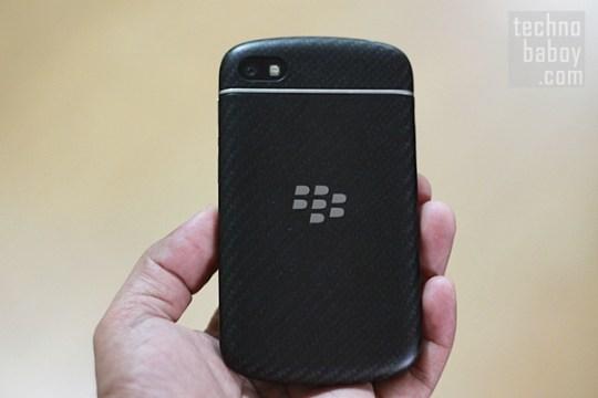 BlackBerry Q10 - Back