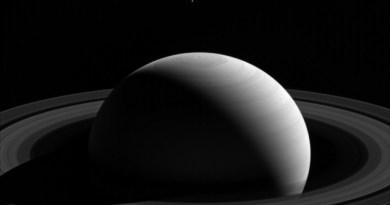 Tethys luna di Saturno