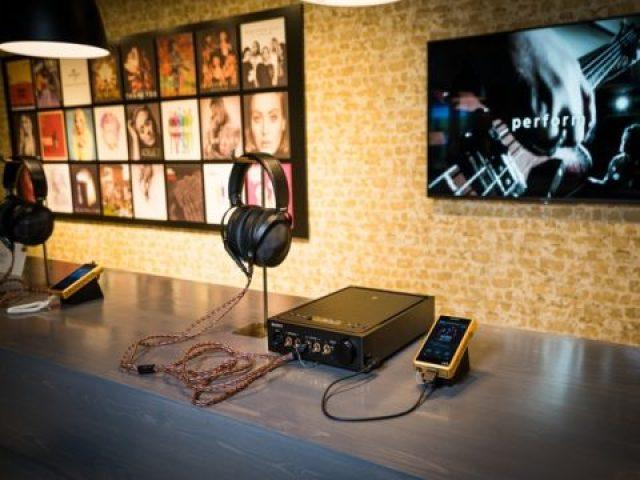 TechnoBlitz.it Tutti i nuovi prodotti SONY presentati a IFA  TechnoBlitz.it Tutti i nuovi prodotti SONY presentati a IFA