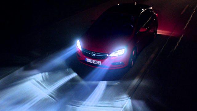 TechnoBlitz.it Fari Intellilux Led sulla nuova Opel Insignia  TechnoBlitz.it Fari Intellilux Led sulla nuova Opel Insignia