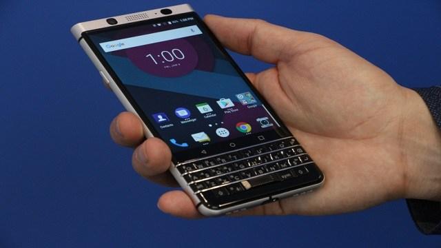 TechnoBlitz.it BlackBerry Mercury attira l'attenzione del CES 2017