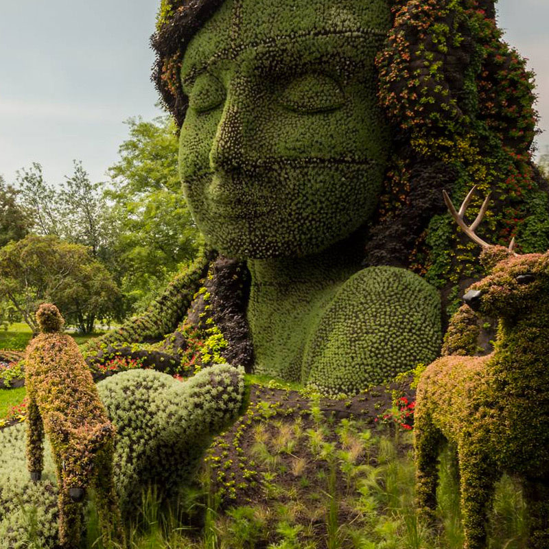 Discover The Amazing Plant Sculptures Installed In