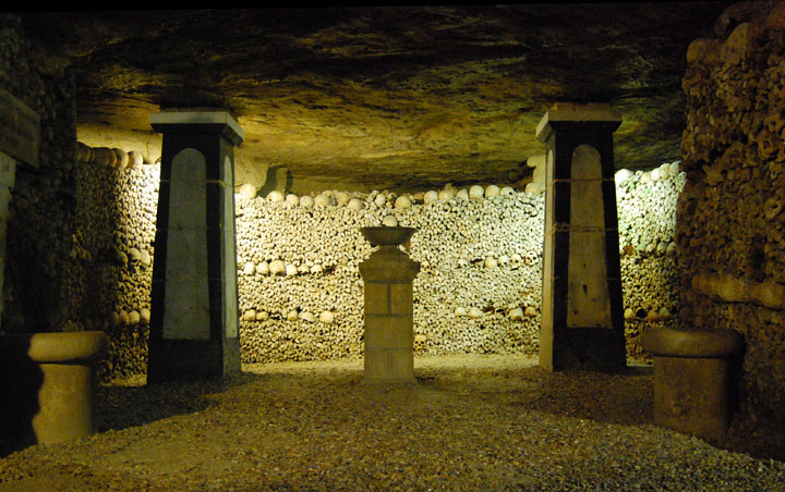 The Catacombs of Paris-The 10 Most Scary Places On The Earth-31