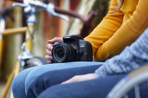 Canon'dan hızlı netleyen makineler: EOS 77D ve EOS 800D