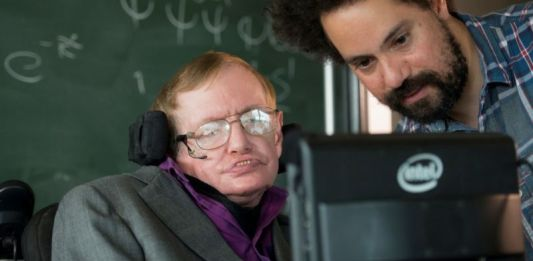nuevo sistema creado por Intel ofrece al Profesor Stephen Hawking