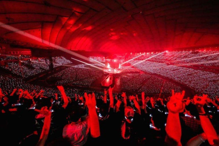 babymetal-world-tour-2016-legend-metal-resistance-red-night-002