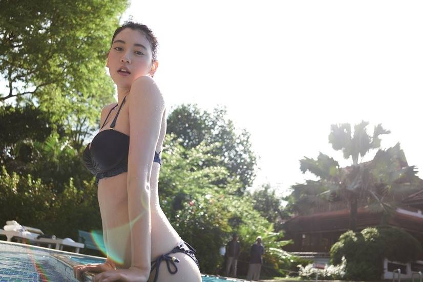 Miyoshi Ayaka – Watashi (1er photobook)