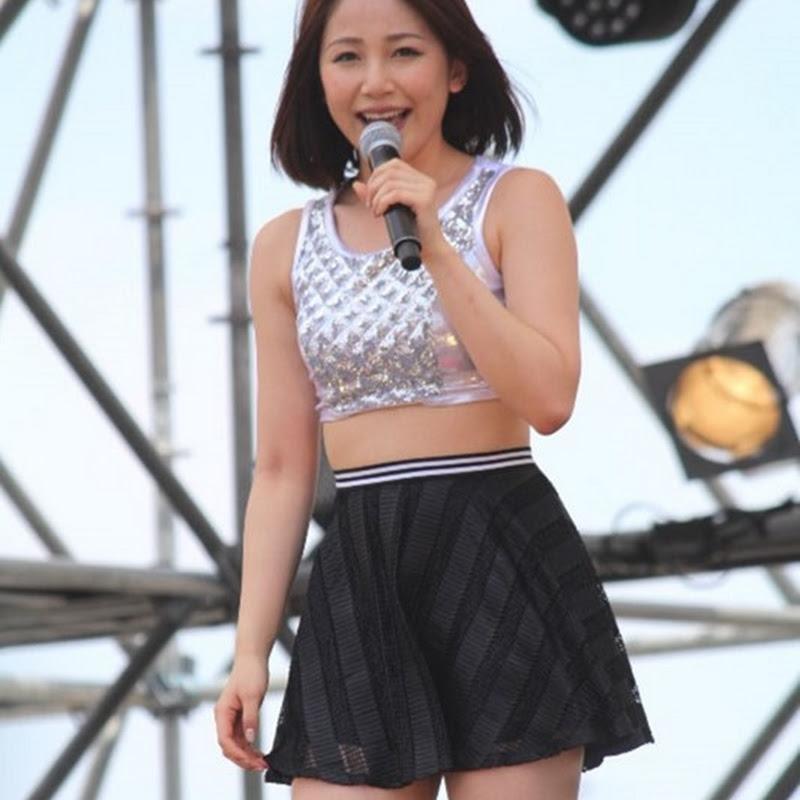 Kikkawa Yuu en el Idol Yokochou Natsu Matsuri