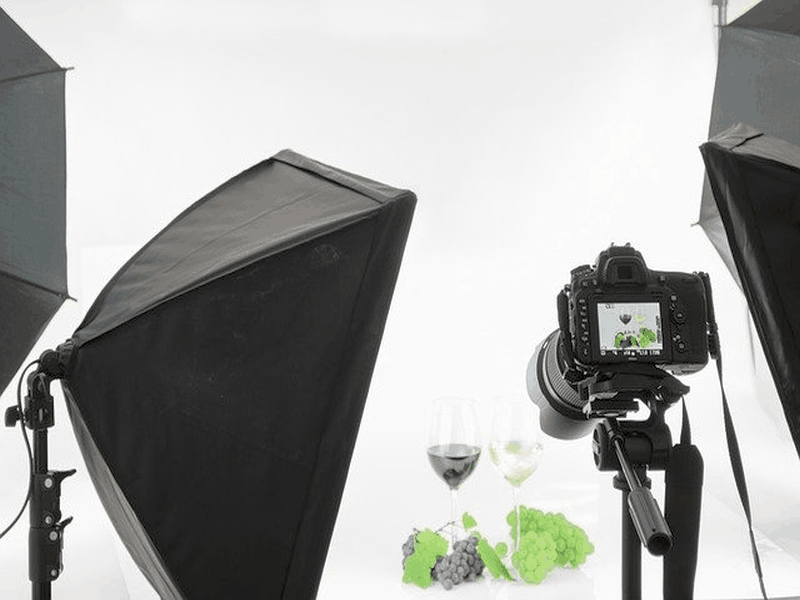 HOW TO LAUNCH A SIDE BUSINESS IN PRODUCT PHOTOGRAPHY