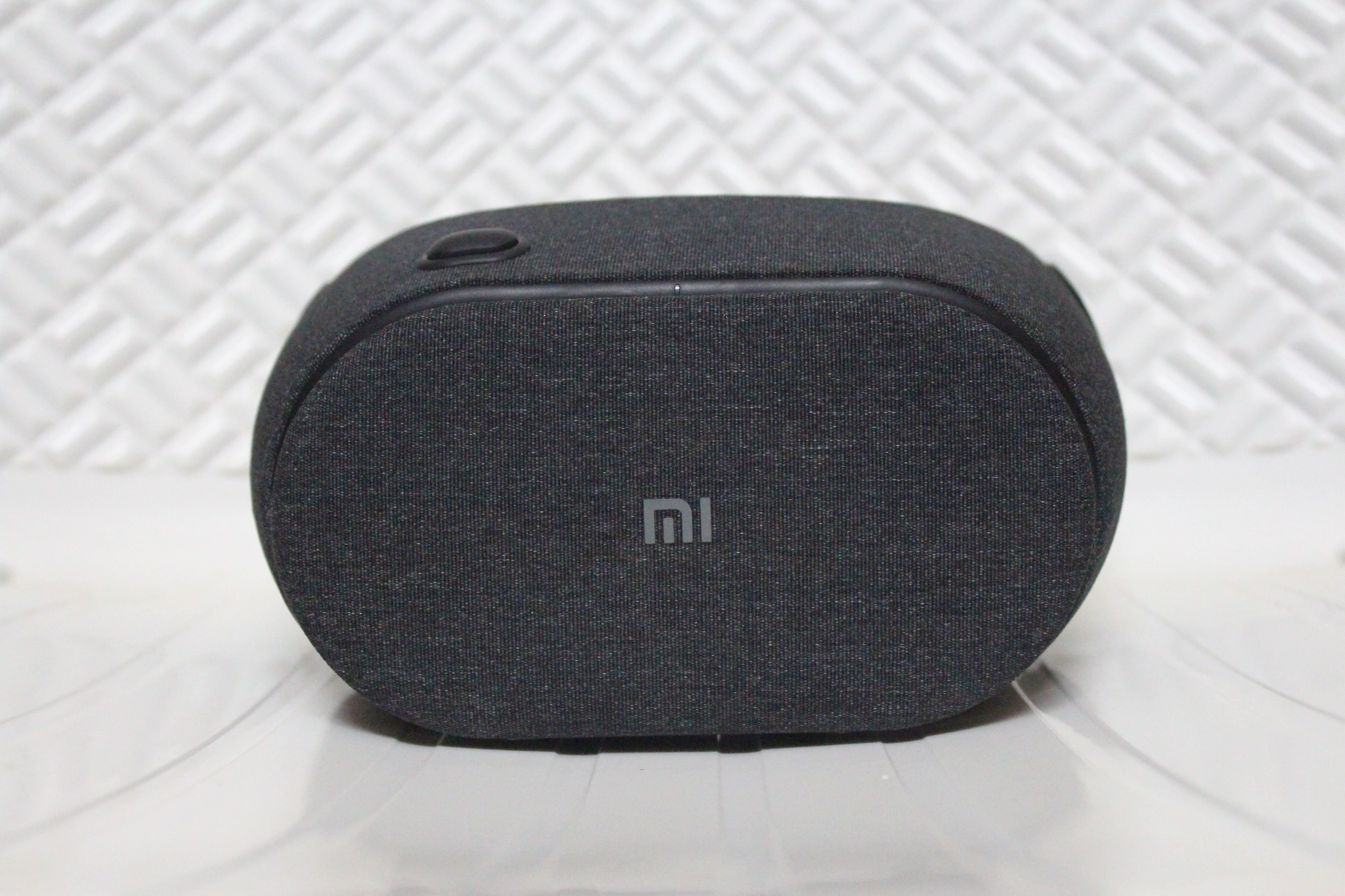 Xiaomi Mi VR Play 2 Review: The Cheapest VR Headset With