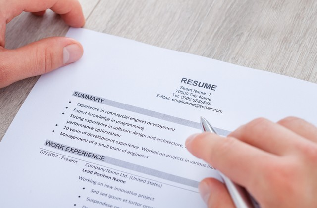 Build a Strong Resume for job