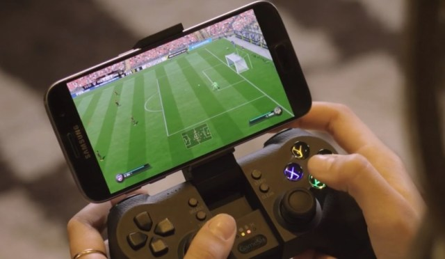 controller How to Play Xbox Games on Smartphones