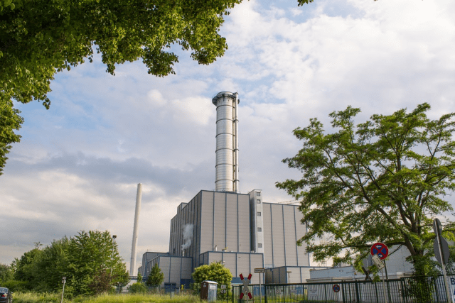 How Does a Natural Gas Power Station Generate Electricity?
