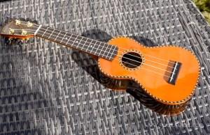 Mainland ukulele